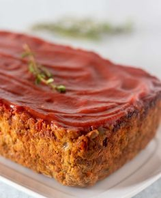 This Lentil Loaf recipe makes a great main dish entree for the holidays. It's super easy to make, healthy and economical. Lentil Loaf Vegan, Dairy Free, Gluten Free, Meatloaf, Lentils, Apples, Entrees, Banana Bread, Main Dishes