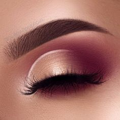 """modern renaissance palette Brows: @anastasiabeverlyhills Dipbrow in Chocolate Eyeshadow: @anastasiabeverlyhills modern renaissance palette """"burnt orange"""", """"venetian red"""", """"love letter"""", """"primavera"""" and for the white part @NYX Professional Makeup milk jumbo pencil"""