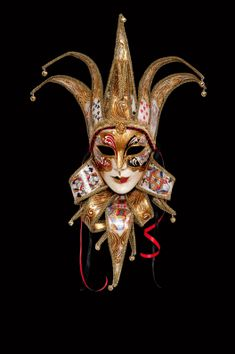 Alea Jolly authentic venetian mask in papier mache. Manifactured in Venice by the famous venetian masters. Each item is provided with certificate of authenticity. Venetian Costumes, Venetian Carnival Masks, Carnival Of Venice, Venetian Masquerade, Masquerade Ball, Tatouage Jester, Venetian Mask Tattoo, Jester Tattoo, Harlequin Mask