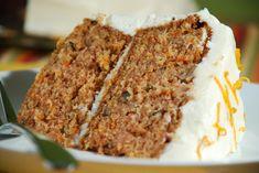Gâteau aux carottes, glaçage au fromage à la crème #recettesduqc #gateau #dessert