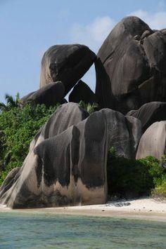 Seychelles Seychelles Honeymoon, Les Seychelles, Seychelles Beach, Seychelles Islands, Beaches In The World, Places Around The World, Around The Worlds, Most Beautiful Beaches, Beautiful Places