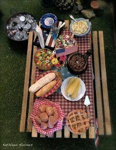 Natalia Frank picnic miniatures