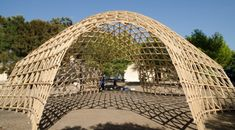 """Gridshell built during the Summer School """"Let's Build!"""" at Parco Archelogico/Marinella in Selinunte"""
