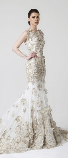 Rani Zakhem Spring-Summer 2014 - Brides. § ... only possibly acceptable bridal gown, no all white, very beautiful