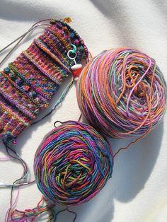 Loom Knitting Patterns, Knitting Stitches, Hand Knitting, Crochet Patterns, Knitting Tutorials, Hat Patterns, Stitch Patterns, Fingerless Gloves Knitted, Knit Mittens