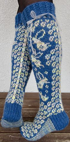 Ravelry: Flying on the Air pattern by Marja Viitaniemi