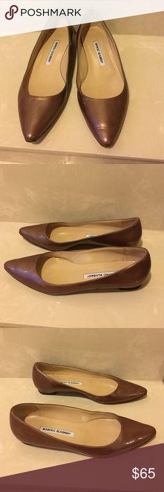 Auth Manolo Blahnik patent leather flats sz 36.5 Authentic Manolo Blahnik light bronze patent leather flats sz 36.5 in great condition very light scuffs and creasing in leather soles bottom show light wear as well as front tips . US size 6.5 Manolo Blahnik Shoes Flats & Loafers