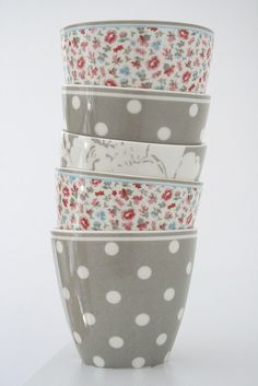 Greengate mugs #greengate.   Really like these colors.