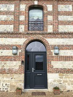 Porte d'entrée double battant aluminium B'lem Athena, maison de Normandie