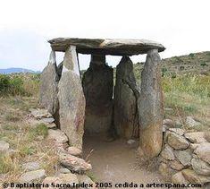 Resultados de la Búsqueda de imágenes de Google de http://www.arteespana.com/imagenes/dolmen.jpg