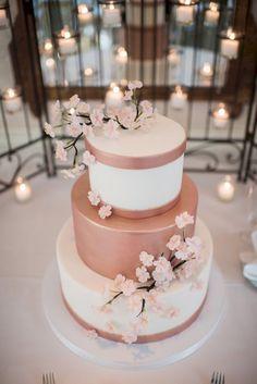 Fantastic wedding cake ideas for your wedding 180 Mod Wedding, Rustic Wedding, Trendy Wedding, Wedding Vintage, Wedding Gold, Rosegold Wedding Cake, Perfect Wedding, Wedding Reception, Wedding Pastel