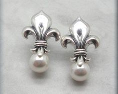 Pearl Fleur de Lis Earrings Pearl Earrings by BonnyJewelry on Etsy Swarovski Crystal Earrings, Swarovski Pearls, Sterling Silver Earrings, Rose Gold Jewelry, Pearl Jewelry, Jewelery, Cluster Earrings, Pearl Earrings, Wedding Earrings
