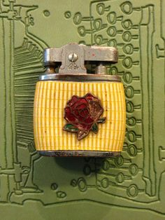 DOLLAR SALE Working Vintage Havana Lighter with a by TheLeafery, $1.00