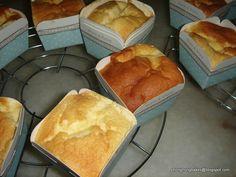Hokkaido Chiffon Cupcakes Recipe (Phong Hong Bakes)