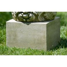 Campania International Small Textured Low Square Pedestal For Cast Stone Garden Statues And Urns English Moss - PD-174-EM