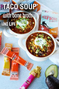 Taco Soup With Bone Broth This easy, low-carb soup is packed with protein and filled with zesty, crave-worthy flavor. It's a Mexican dish classic with a twist that will even picky eaters will love! Easy Healthy Recipes, Crockpot Recipes, New Recipes, Soup Recipes, Cooking Recipes, Appetizer Salads, Appetizers, Seafood Recipes, Bon Appetit