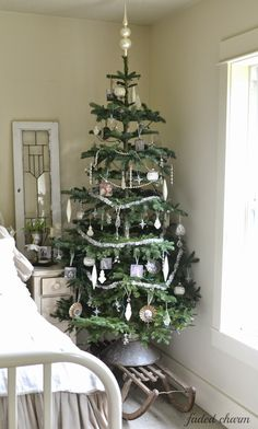 Faded Charm: ~Holiday Home Tour 2014~