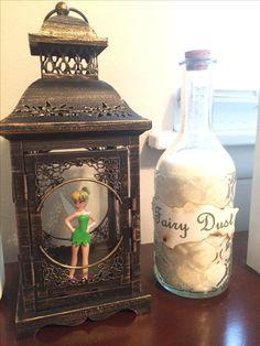 Hobby lobby lantern and glitter. Hobby lobby lantern and glitter. Disney Theme, Disney Diy, Disney Crafts, Disney Birthday, Peter Pan Bedroom, Peter Pan Nursery, Hades Disney, Hobby Lobby Lanterns, Neverland Nursery