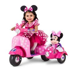 Disney Minnie Mouse Happy Helpers Scooter with Sidecar Ride-On Toy by Kid Trax, Size: 1 Person, Black Minnie Mouse Car, Minnie Mouse Toys, Mickey Y Minnie, Disney Mickey, Minnie Mouse Playhouse, Toys For Girls, Kids Toys, Kids Girls, Plushies