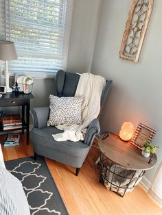 The cutest little mini nursery in the corner of a master bedroom! Absolutely love the cozy breastfeeding corner! #breastfeeding #farmhouse #farmhousenursery #girlnursery Dream Master Bedroom, Bedroom Sitting Room, Bedroom Corner, Bedroom Decor, Bedroom Inspo, Bedroom Ideas, Apartment Nursery, Nursery Nook, Studio Apartment