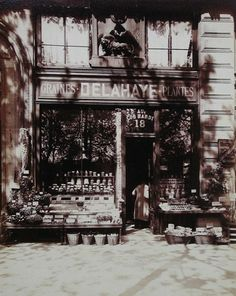 boutique jouets 1910 1911 parisian shop windows by eugene atget 1900 1926 antique photos. Black Bedroom Furniture Sets. Home Design Ideas