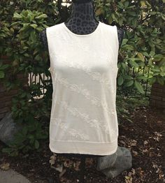 Eddie Bauer Cream Embroidered Floral Tank Top / Beige Embroidered Tank Top / Soft White Embroidered Floral Tank Top - Size Medium