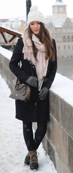 Winter Outfits to Shop Now Vol. 1 / 07 Winter Outfits to Shop Now Vol. Winter Dress Outfits, Fall Winter Outfits, Winter Fashion, Cute Outfits, Dress Winter, Urban Chic, Boating Outfit, Womens Fashion Stores, Layering Outfits