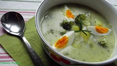Rozmaringos brokkoli-zöldbab főzelék | Pálmafa Project Pudding, Desserts, Food, Tailgate Desserts, Meal, Deserts, Essen, Puddings, Dessert