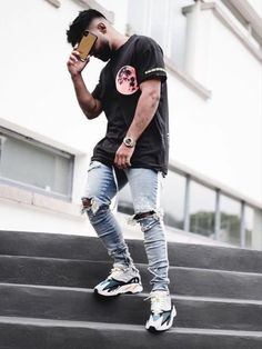 streetwear fashion - Streetwear - Latest styles, trends, ideas Tips and advice, High Fashion Outfits, Mode Outfits, Style Streetwear, Streetwear Fashion, Streetwear Brands, Men Looks, Best Street Outfits, Yeezy Outfit, Mens Yeezy