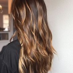 This is ❤. Color by @the.blonde.chronicles  #hair #hairenvy #hairstyles #haircolor #brunette #balayage #highlights #newandnow #inspiration #maneinterest