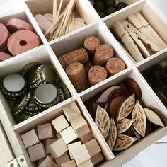 Its been a while since we dived into a good tinker tray so I popped this one together on the weekend for the girls to us Montessori Homeschool, Montessori Activities, Toddler Activities, Montessori Materials, Homeschooling, Reggio Emilia, Reggio Classroom, Preschool Classroom, Preschool Learning