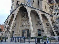 Barcelona, Spain: La Sagrada Familia: Passion facade (architect Antoni Gaudi