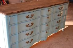 Do's and Don'ts – Painting Furniture With Chalk Paint | http://www.lostandfounddecor.com/how-tos/dos-donts-chalk-paint/