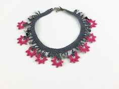 Crohet flower Necklace in gray and pink - Knitted Summer Necklace   This elegant, unique and delicate flower necklace is hand crocheted with Turkish oya