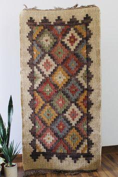2 x 6 Jute Handwoven Kilim Runner Dhurrie Rug 60 x 180 cm Dhurrie Rugs, Kilim Rugs, Weaving Process, Hand Weaving, Rug Company, Yellow Rug, Kilim Runner, Kilims, Woven Rug