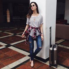 Today's airport look! ✈️ Hoje mais cedo usando: tee @lojasleader + blusa @equipment_fr + slipper Prada #ootd #lookdodia #sigaamodasigaaleader