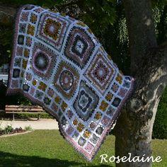 Spring Lane CAL by Dropsdesign: ma couverture est terminée! @dropsdesign #crochet #virka #hekle #ganchillo #uncinetto #häkeln #haken #blanket #dropsalong #springlanecal #granny #grannysquare