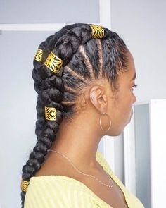 20 coiffures tendances pour la rentrée 2019 – Back to school – Ma Coiffeuse Afr… 20 hairstyles trends for the fall of 2019 – Back to school – My Afro Dressing Table Natural Hair Updo, Natural Hair Styles, African Hairstyles, Braided Hairstyles, Medium Hair Styles, Curly Hair Styles, Beautiful Braids, Beautiful Hairstyles, Braids For Black Hair