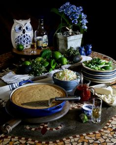 A beautiful way to present lime wedges, cilantro, and cojito and other toppings Tamale Casserole, Mexican Tamales, Meat Trays, Sandwich Trays, The Husk, Lime Wedge, Banana Leaves, Dishes, Continue Reading