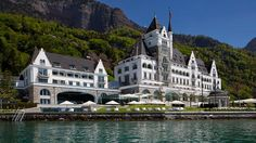 Welcome - Park Hotel Vitznau - Health & Wealth Residence - Lake Lucerne Switzerland