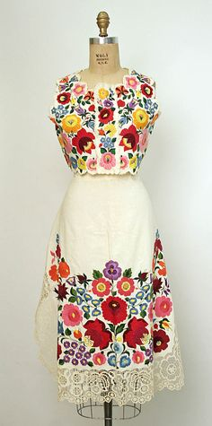 Hungarian embroidered ensemble. The embroidery is beyond wonderful.