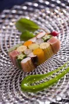 itty bitty sashimi sushi