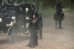 Lost Girl - The Queen and Her Carriage
