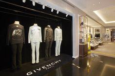 Pop-up Givenchy at Santa Eulalia store. Passeig de Gràcia 93, Barcelona