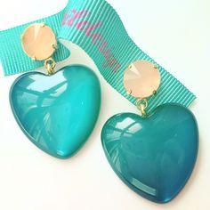 Orecchini moda in resina azzurra, Made in Italy fashion jewelry, cuori, heart, bijoux, matildesign