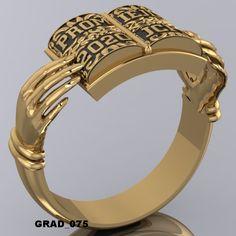 Anillos De Graduacion Rapper Jewelry, Graduation Photoshoot, Dress Rings, Promise Rings, Class Ring, Piercings, Fashion Shoes, Jewelery, Wedding Rings