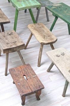 Holzbänke, Holzschemel, wooden benches http://boheme-living.com/furniture/hocker-und-schemel.html