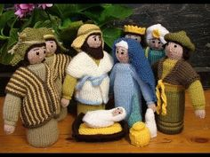 Ravelry: Nativity figures pattern by Susie Johns Nativity Creche, Christmas Nativity, Christmas Crafts, Nativity Sets, Christmas Ideas, Xmas, Knitting Patterns Free, Baby Knitting, Free Pattern