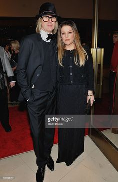 michael-lockwood-and-lisa-marie-presley-attend-at-a-cocktail-at-picture-id108595067 668 × 1 024 pixlar