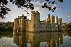 Bodiam Castle - England by Misterzeee